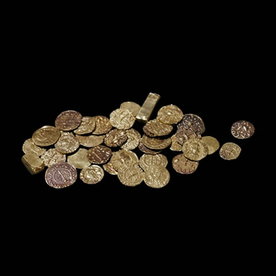 The purse contained 40 coins and two ingots for the boatmen to row the dead king to Valhalla