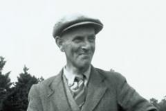 1-01 Basil Brown digs at Sutton Hoo