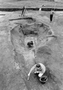 excavating_in_80s-210x300
